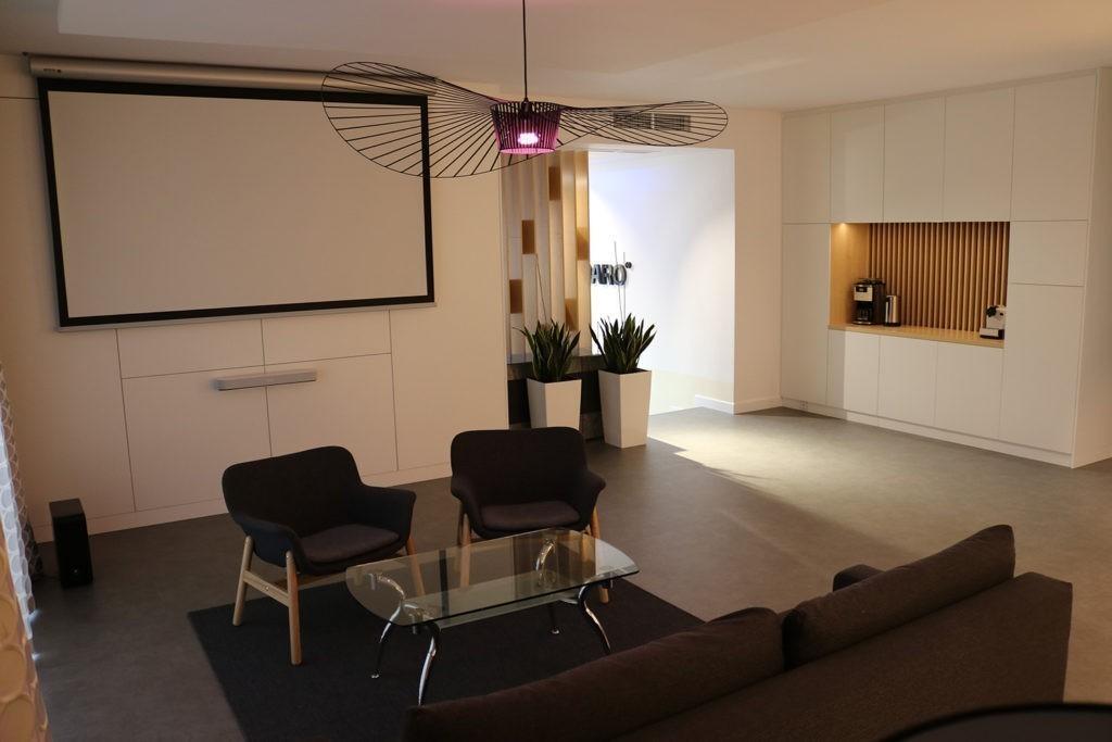 showroom01